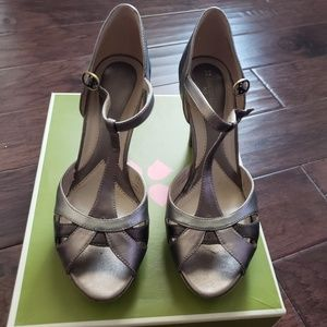Taupe/Silver heels